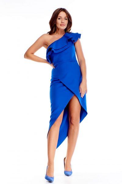Asymetrické večerné šaty s ozdobou
