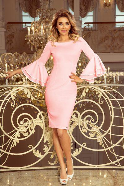 Priliehavé ružové šaty s volánmi na rukách