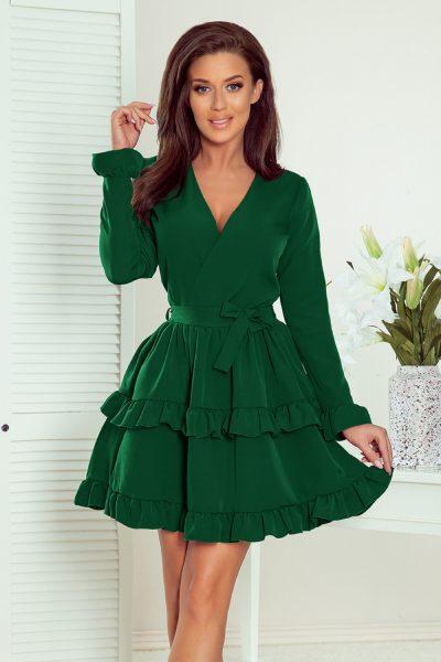Šaty s decentným výstrihom