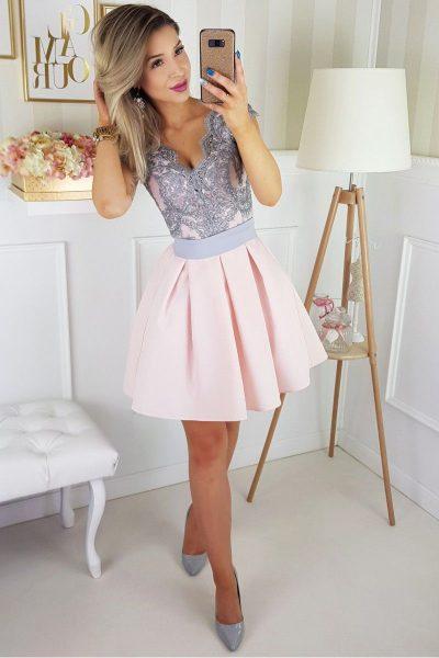 Krátke spoločenské šaty – ružové